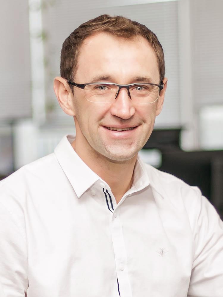 Aleksandr Nikitin, Tebin